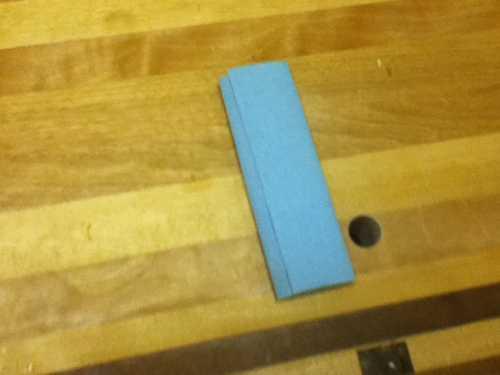 fabrication d un tampon pour vernis essuyer. Black Bedroom Furniture Sets. Home Design Ideas